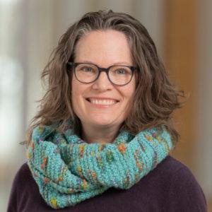 Karin Silet headshot