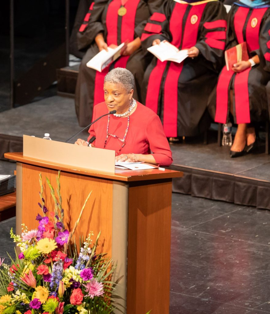 Linda Pitts ('78) speaks to the 2019 DDEEA graduates.